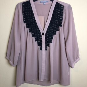 NY Collection lavender V neck blouse size small